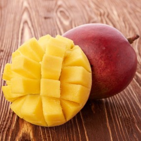 Mango peso aproximado bandeja 1 kg