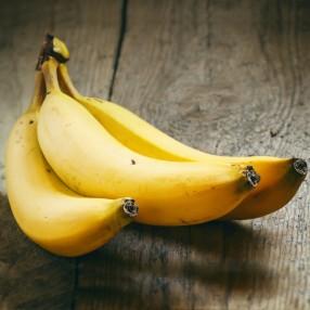 Banana peso aproximado bandeja 1 kg